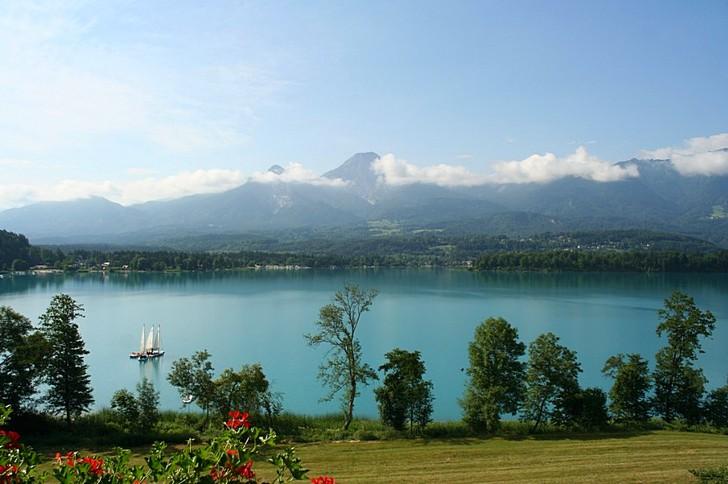 Альпийское озеро Факер-Зе