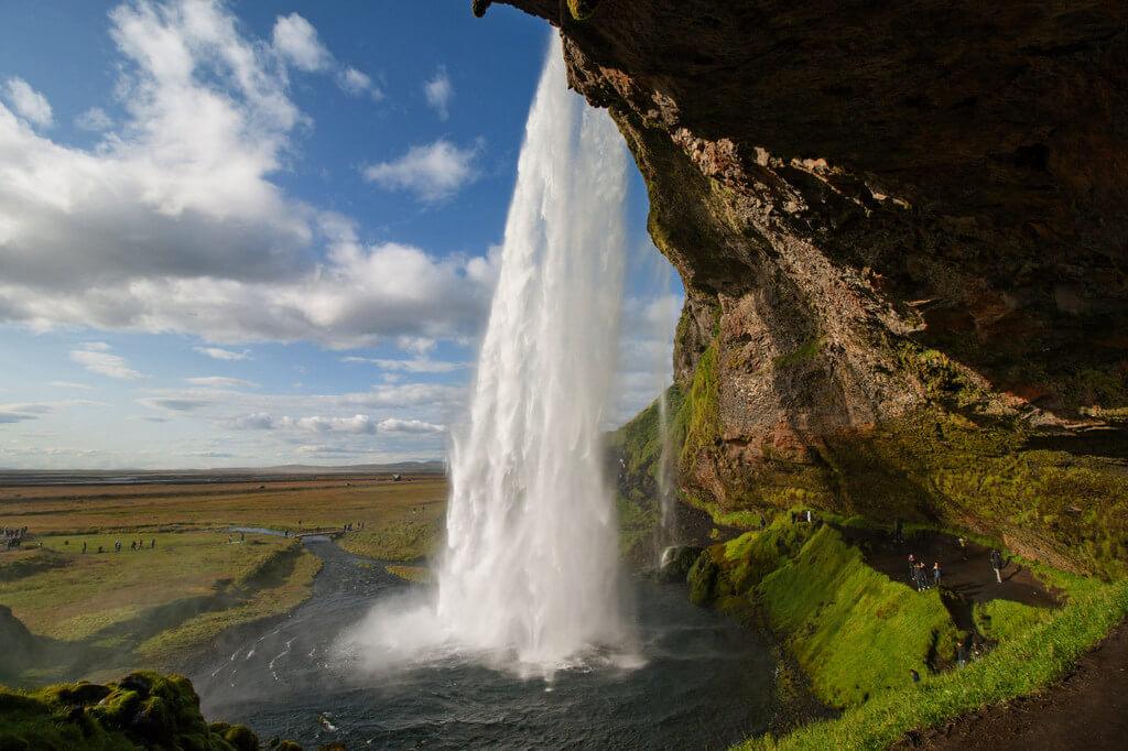 Водопад Сельяландсфосс.