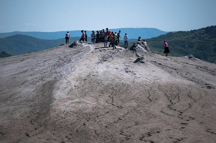 Грязевые вулканы Берга