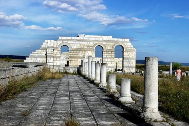 Руины древней Плиски