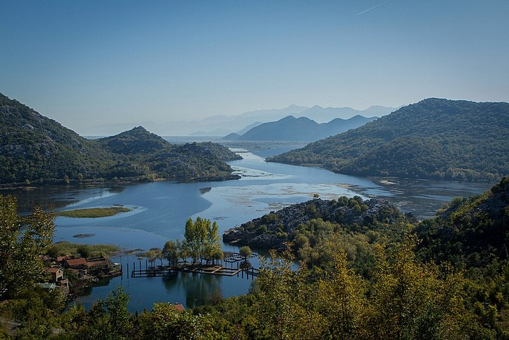 Скадарское озеро