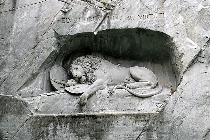 «Умирающий лев» в Люцерне