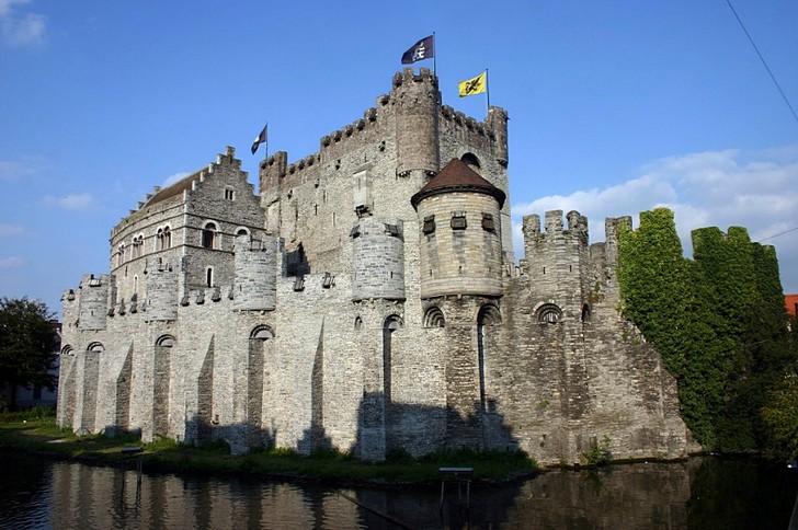 Замок графов Фландрии (Гравенстен), Гент