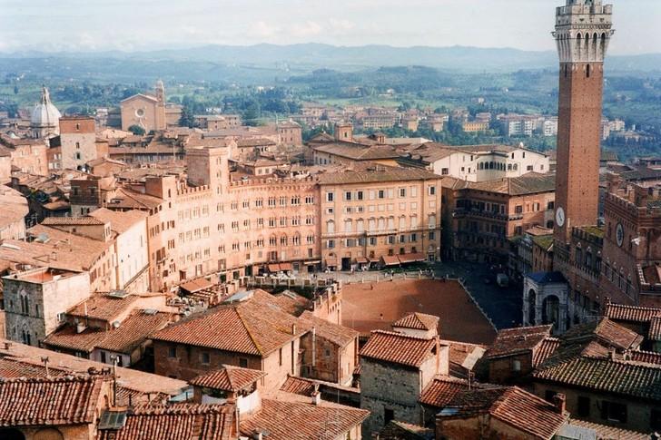Пьяцца-дель-Кампо