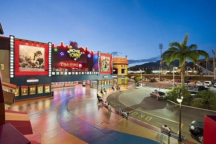 Развлекательный комплекс MovieTowne