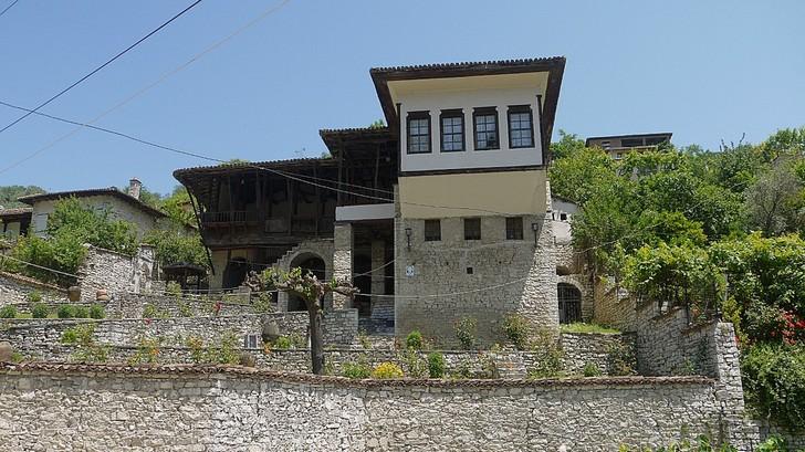 Этнографический музей в Берате