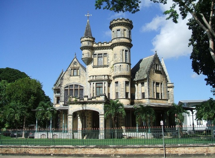 Замок Штолмеер (Stollmeyer)