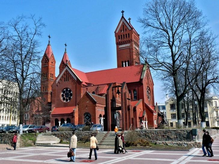 kostel-svyatogo-simeona-i-svyatoy-eleny