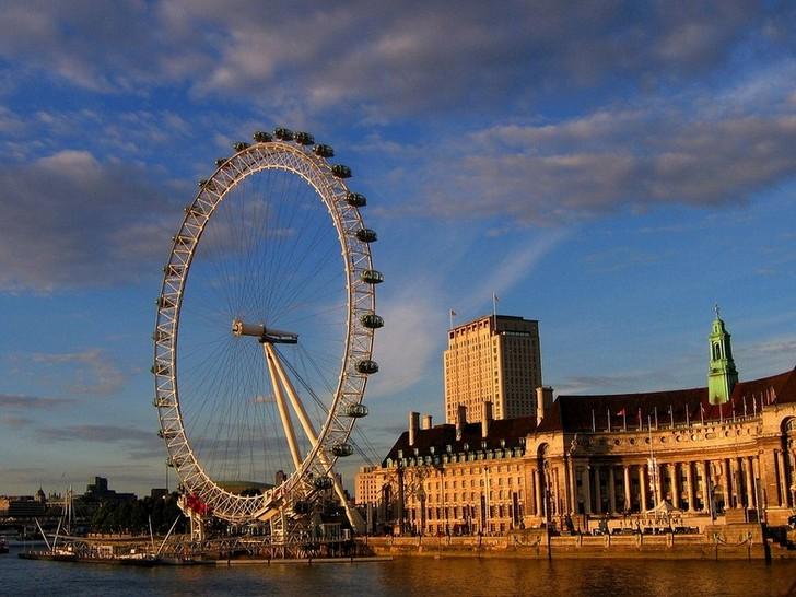 londonskii-glaz
