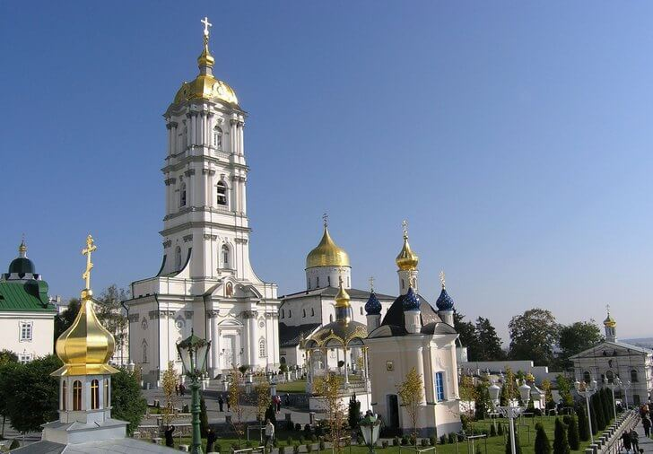 pochaevskaya-lavra