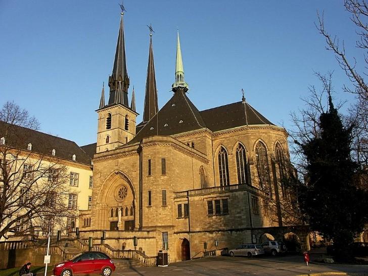 Картинки по запросу собор люксембургской богоматери
