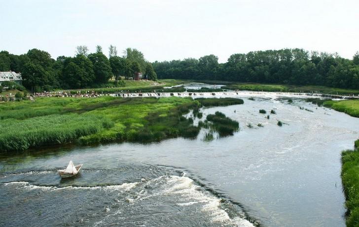 vodopad-na-reke-vente