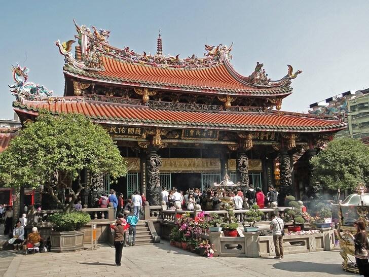 hram-lunshan