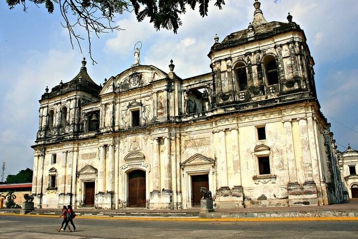 leonskij-sobor-nikaragua