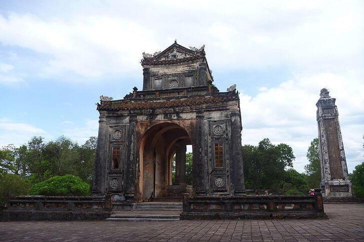 grobnica-imperatora-ty-dyka
