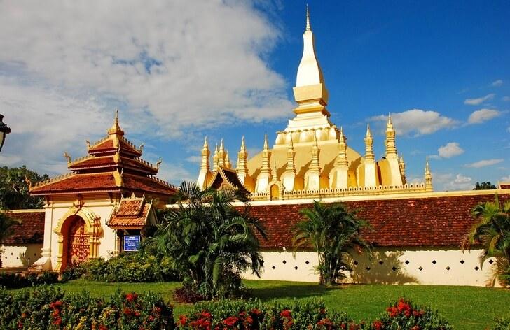 hram-pha-that-luang