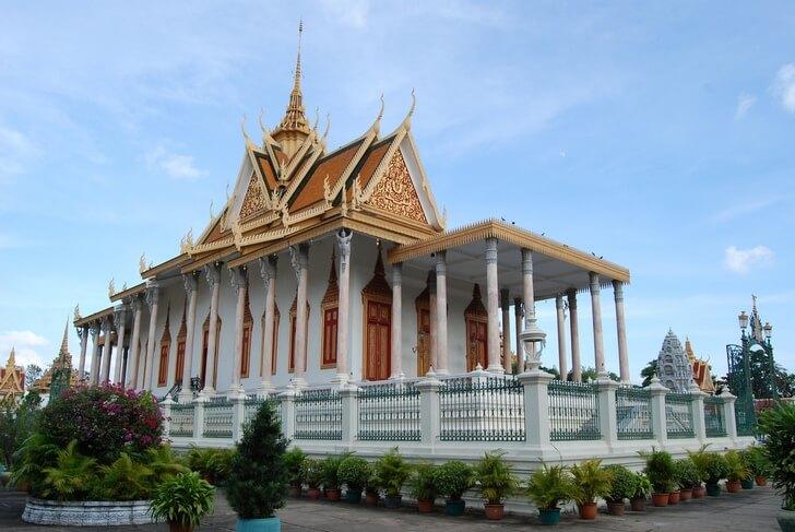 serebryanaya-pagoda