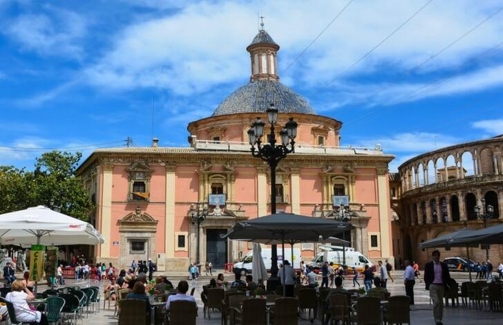 bazilika-deviy-marii-valencia