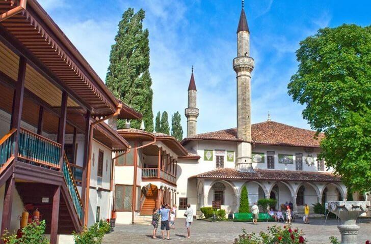 hanskij-dvorec-bahchisaraj