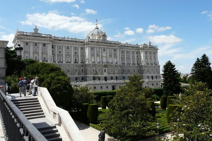korolevskij-dvorec