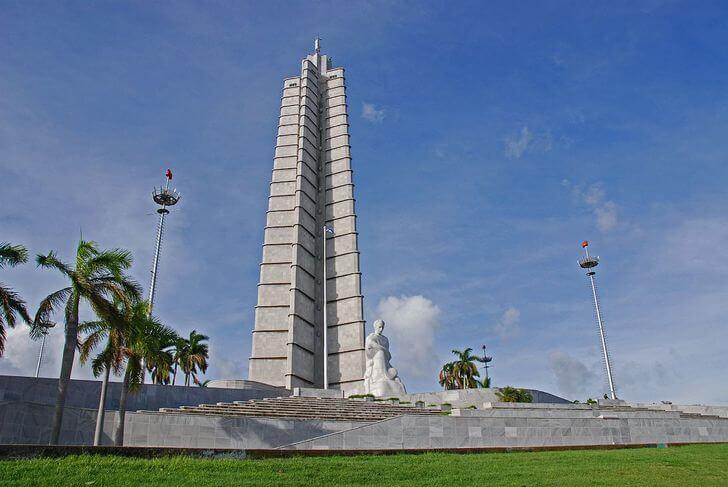 memorial-hose-marti