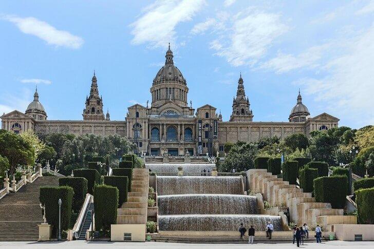muzej-iskusstva-katalonii
