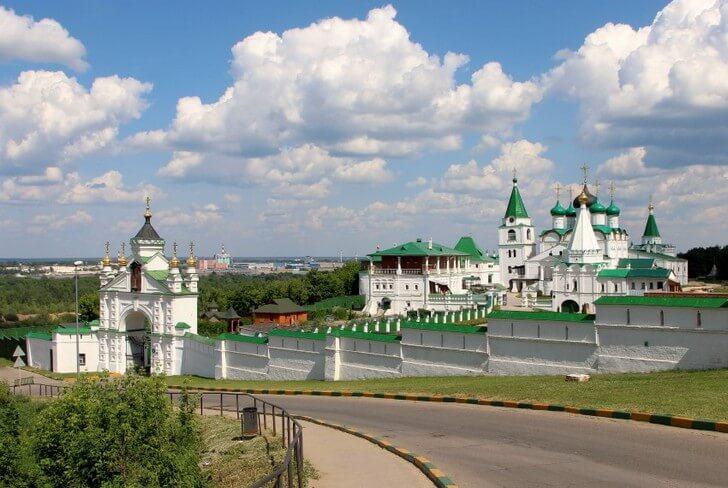 pecherskiy-voznesenskiy-monastyr