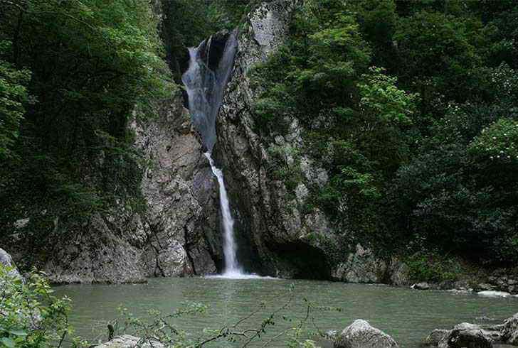 agurskie-vodopady
