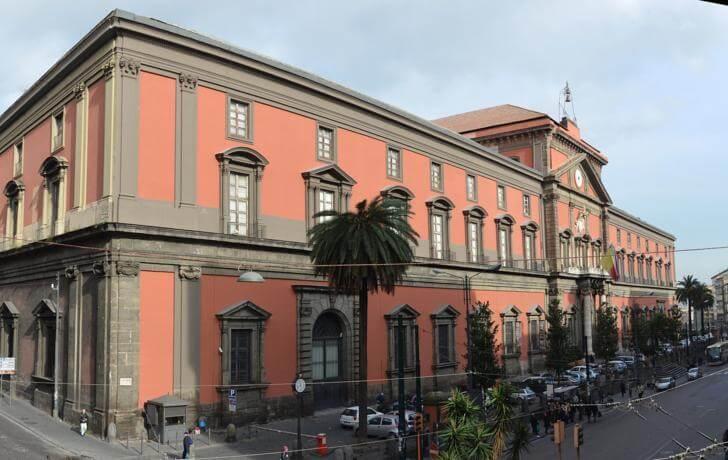 arkheologicheskij-muzej-neapolja