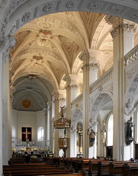 cerkov-apostola-andreya-dusseldorf
