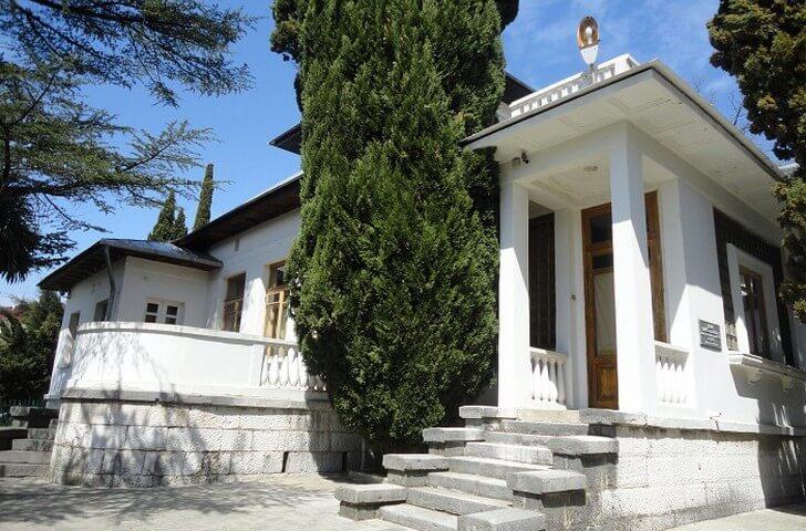 dom-muzej-ostrovskogo