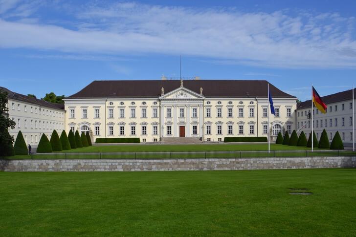 dvorec-belvyu