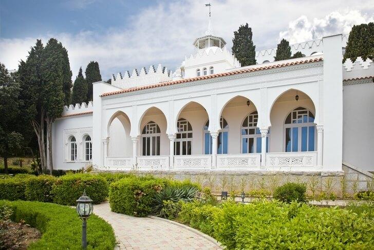 dvorec-kichkine