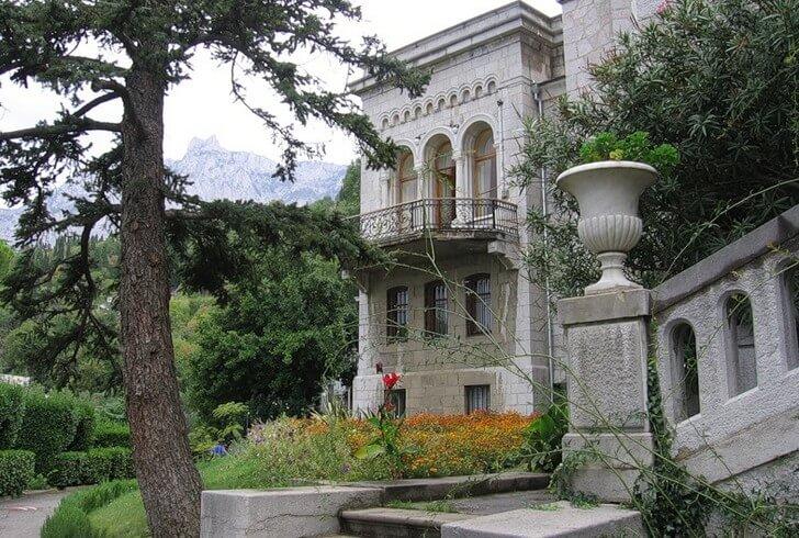 jusupovskij-dvorets
