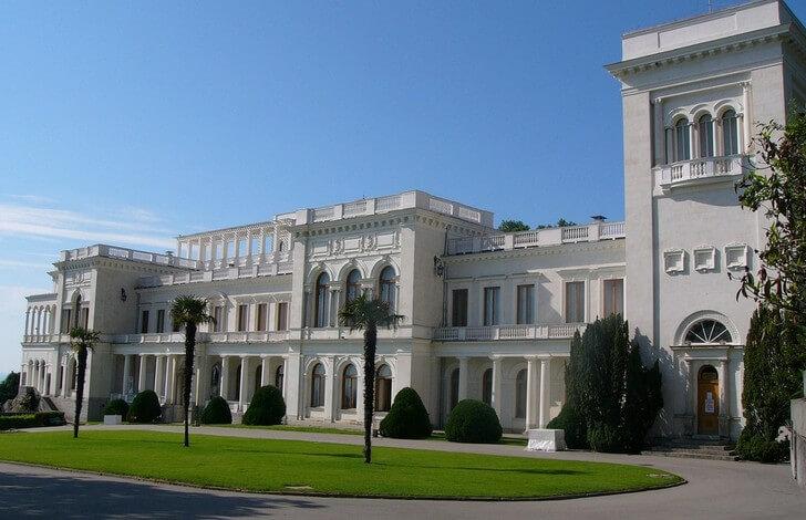 livadiyskiy-dvorets