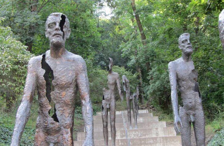memorial-zhertvam-kommunizma
