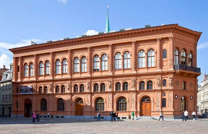 muzej-zarubezhnogo-iskusstva