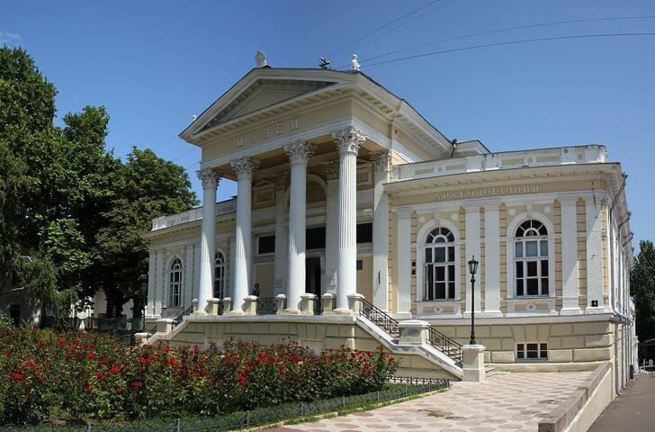 odesskij-arheologicheskij-muzej