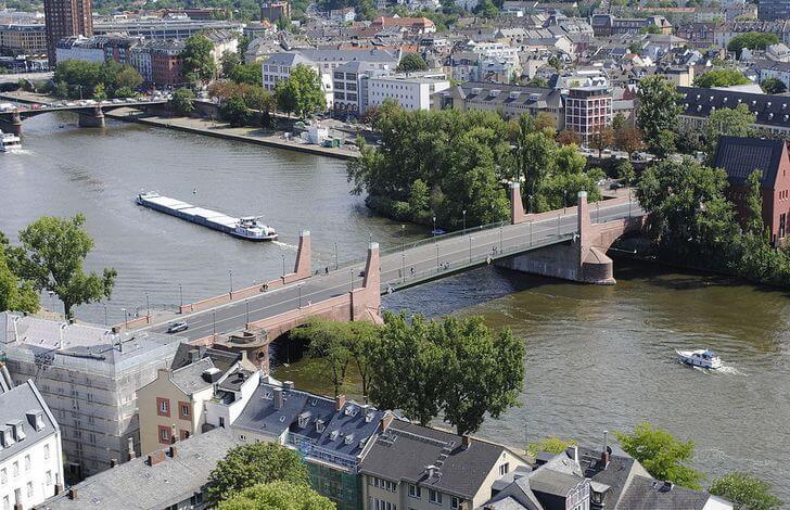 staryj-most-frankfurte-na-majne