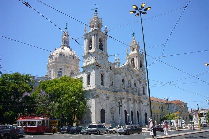 bazilika-da-eshtrela