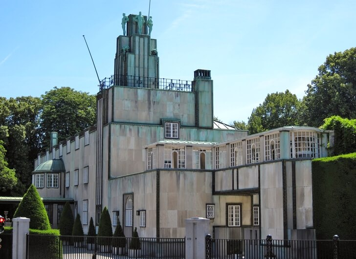dvorec-stokle