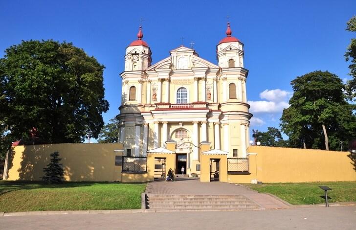 kostel-svyatyh-petra-i-pavla